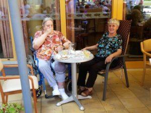 Pikniki za stanovalce, svojce in zaposlene: julij in avgust