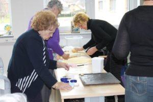 Peka peciva in delavnice z Društvom kmečkih žena