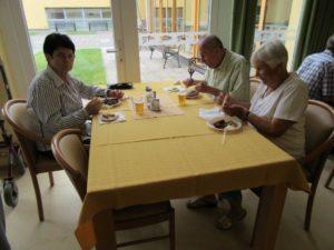 1. poletni piknik za stanovalce in svojce